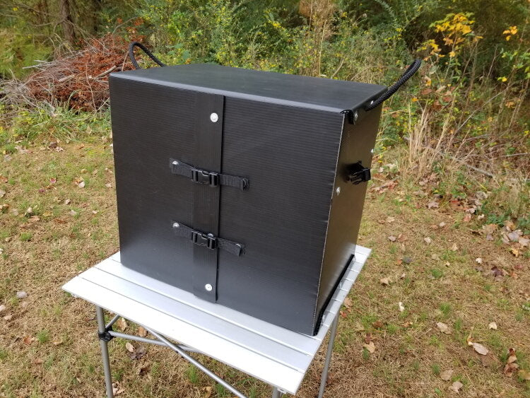 The Camping kitchen Box in Black.. very elegant isn't it?