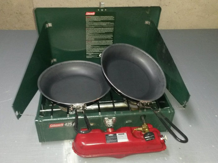 Coleman 424 with fry pans