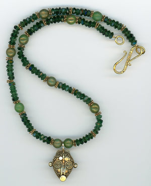 Emerald Green Crystal Necklace - UniqueCherie