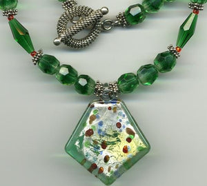 Green Glass Necklace - UniqueCherie