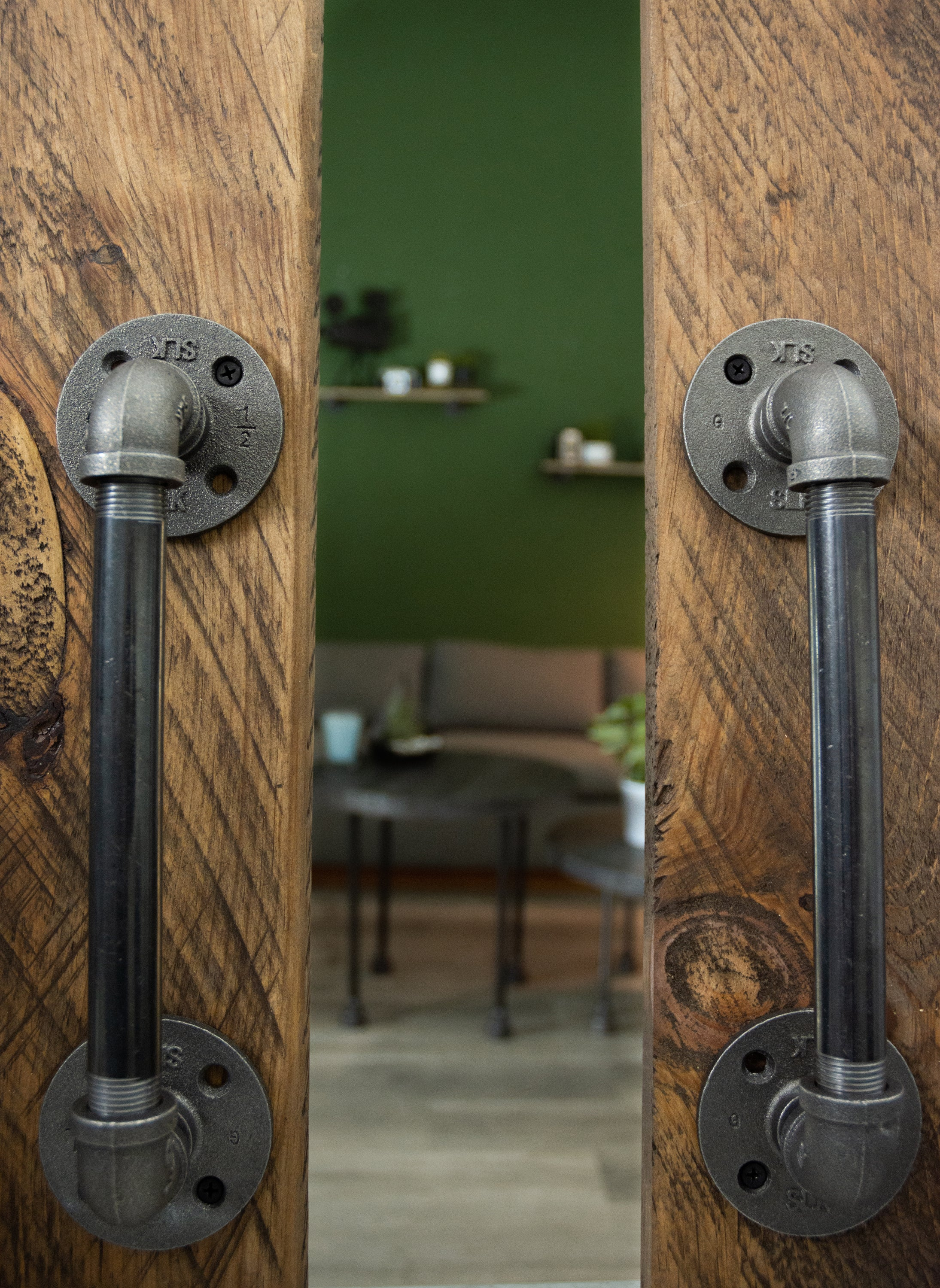 1/2 in. x 8 in. Barn Door Handle - 12.5 In L