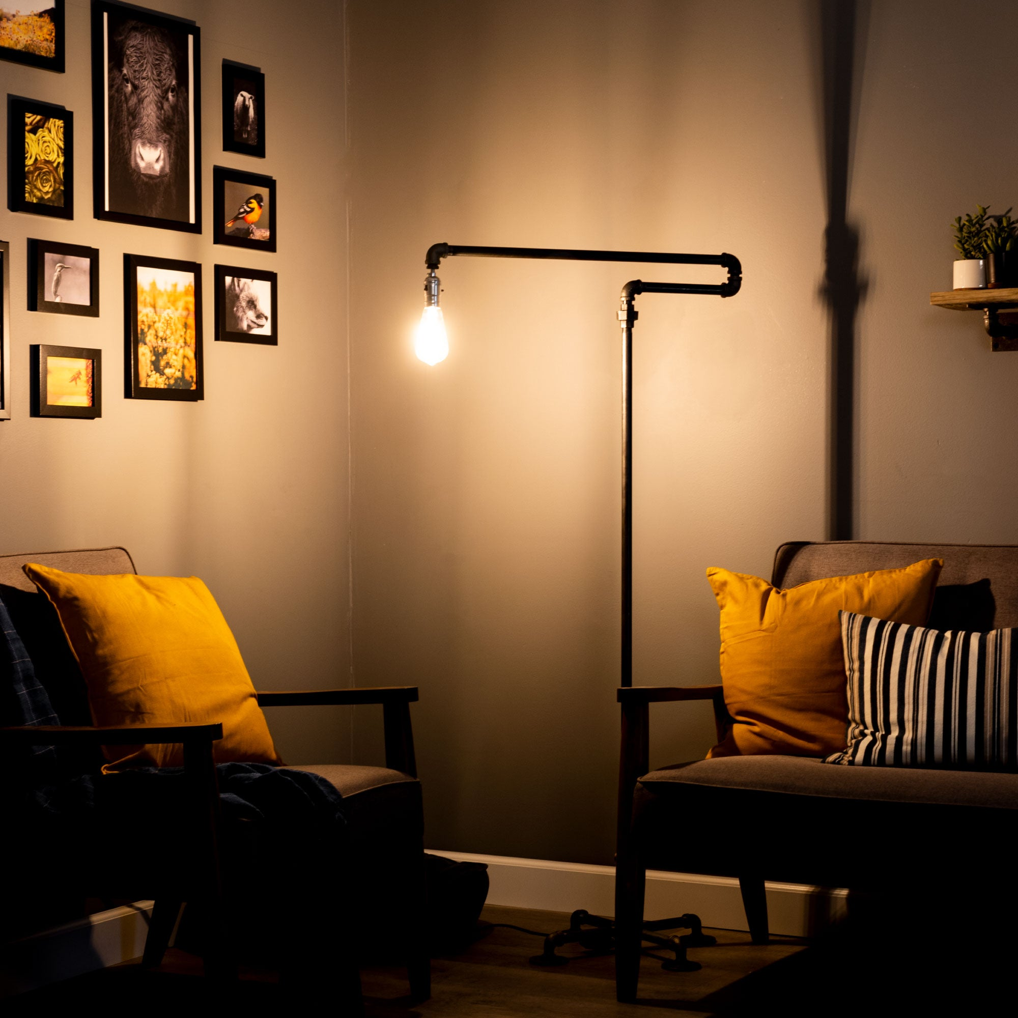 Hanger Floor Lamp By Pipe Decor