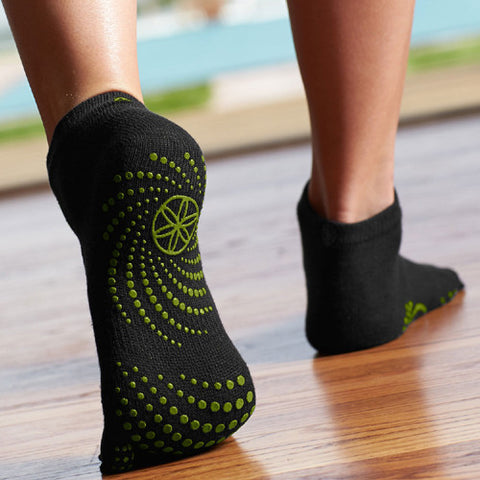 Gaiam Socks Grippy Black Green Dots Small / Medium