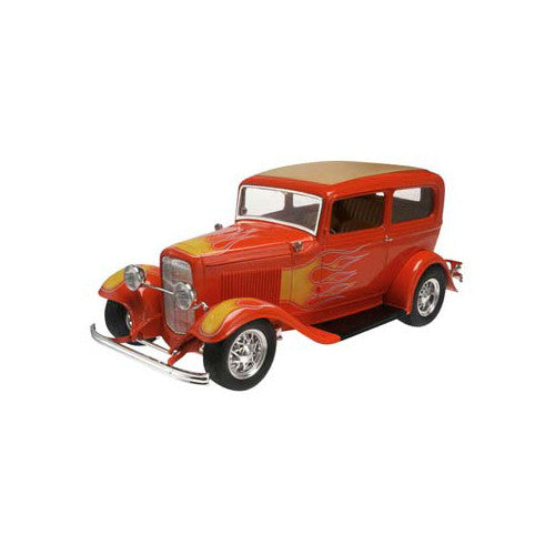 Revell '32 Ford Sedan 2 in'1