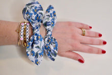 Load image into Gallery viewer, Hadley Bow Scrunchie