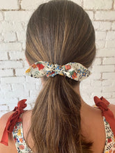 Load image into Gallery viewer, Elle Bow Scrunchie Set