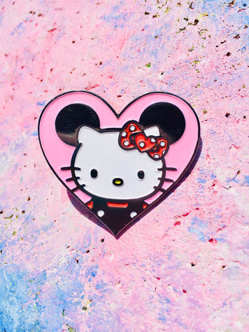 Hello Minnie Enamel Pin