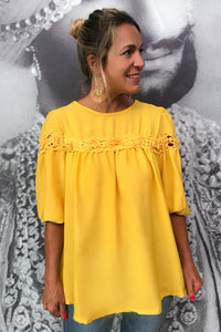"Blusa ""Queen in Yellow"""