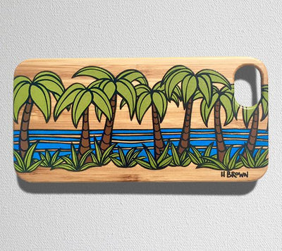 This durable, limited release iPhone 7 case features a classic Hawaiian landscape with tropical palm trees and crystal clear waters.