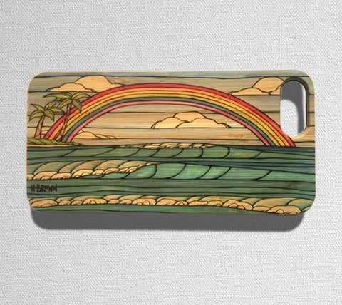 This durable, limited release iPhone 7 case features one of the famous Hawaiian rainbows as it perfectly frames the landscape.