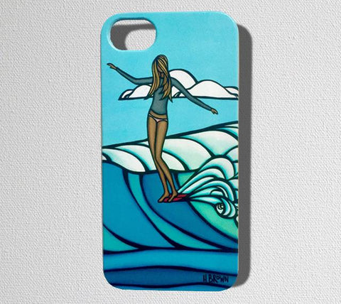 This durable, limited release iPhone 7 case features a girl gracefully riding her longboard on a perfectly glassy wave.