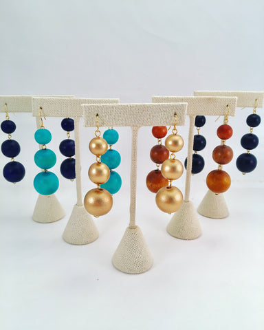 3 bauble earrings, graduated