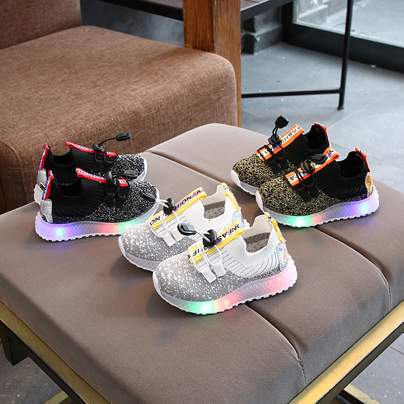 Glowing Shoes Bright Baby LED Light Walking Shoes Luminous Shoes Boys Girls Led Light Up Shoes Lights Infantil Sneakers Toddler Kids LED Sneakers