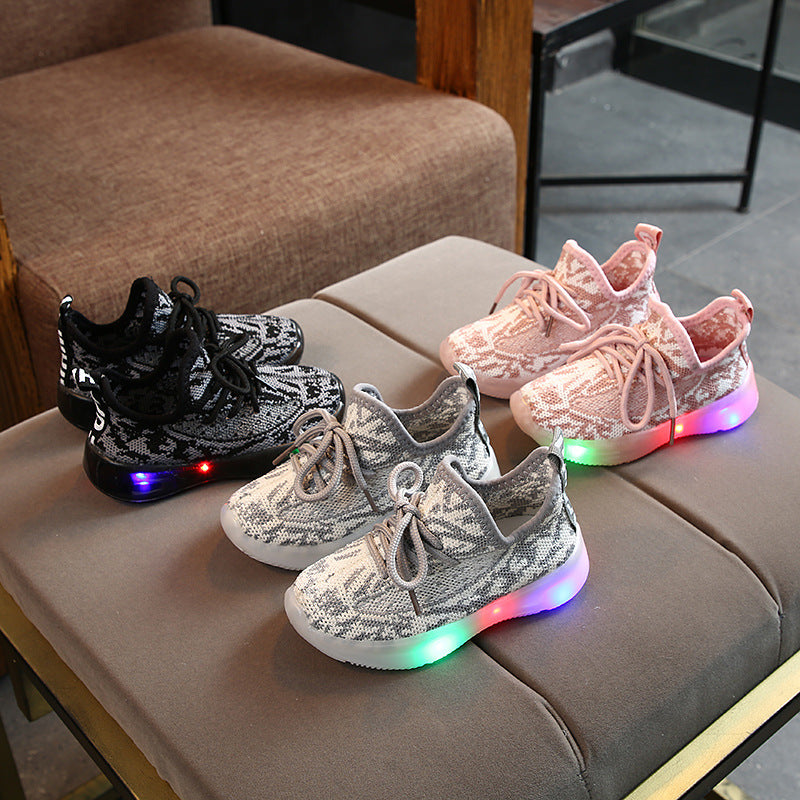 Kids Boys Girls Light Up LED Trainers Sneakers Running Shoes Flashing Luminous