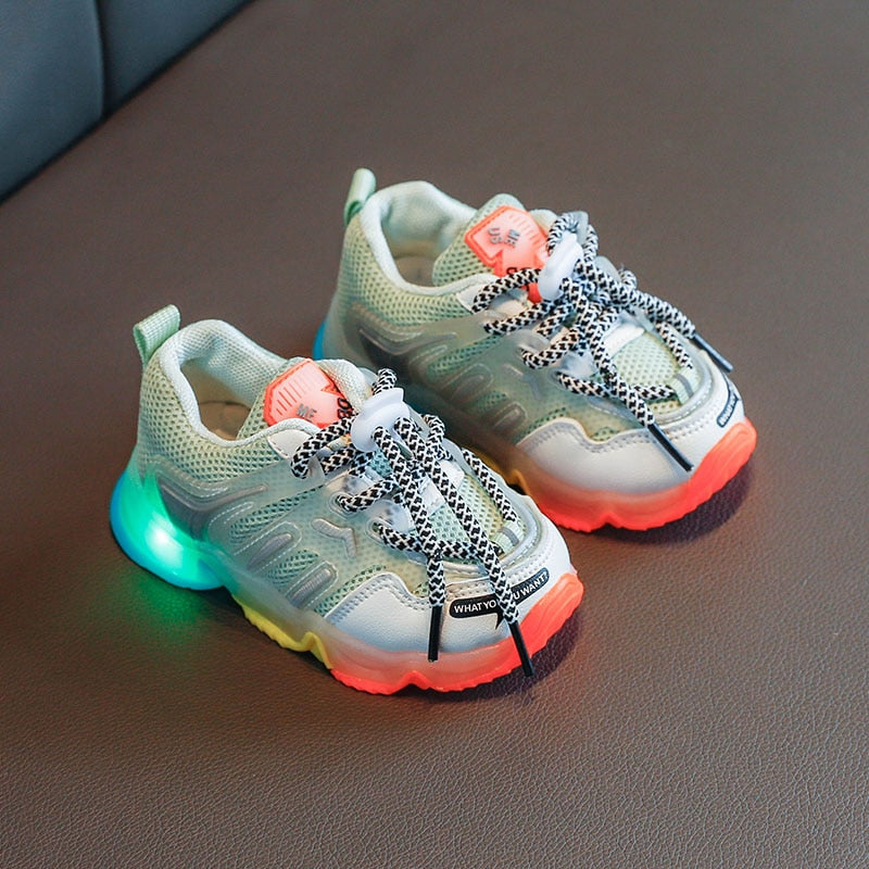 2020 Summer Rainbow Kids Sport Shoes Boys Girls Sneakers Students Breathable Mesh Children Shoes Luminous Glowing Trainer LED Sneakers Light Shoes