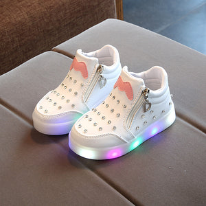 New Kids Crystal Diamond Bling Light Up Shoes Bright Lighted Up Shoes Baby Girls Boys Lighted Trainer Led Luminous Sneakers Flashing Light Up Shoes