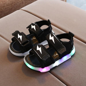 Kids Led Sandals Light Up Children Summer Led Shoes Glowing Sport Sandals for Boys Girls Flashing Soft Beach Shoes for Toddler Sandals Luminous Shoes