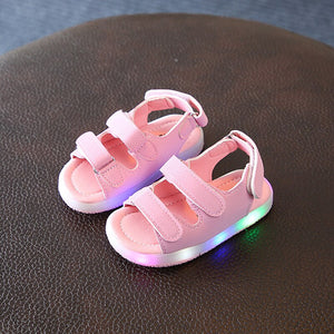 Summer Kids Led Glowing Sandals Boys Girls Sport Casual Light Shoes Children Baby Flat Shoes Kids Beach Leather Sandals Luminous Summer Glowing Shoes
