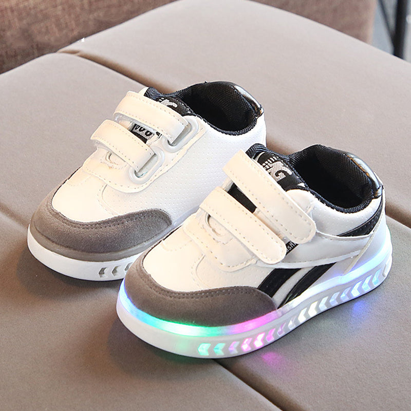 Kids Led Shoes Luminous Sneakers for Kids Toddler Boys Girls Light Up Shoes Led Sneakers for Boys Girls Kids Bright Shoes Baby Led Light Sneakers