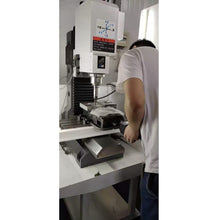 Load image into Gallery viewer, Cnc Vertical Milling Machine VMC420 Without Tool Changer