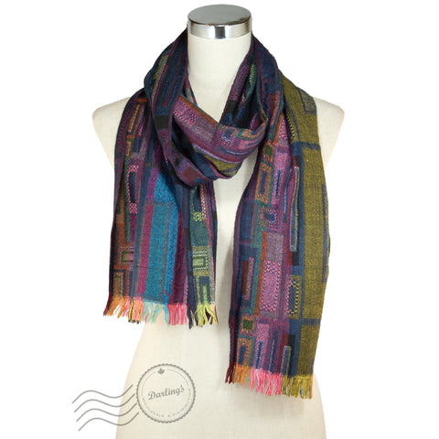 SSY312 Remixed Crossed Scarf