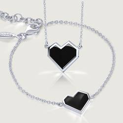 Black Ararat Heart Gift Set