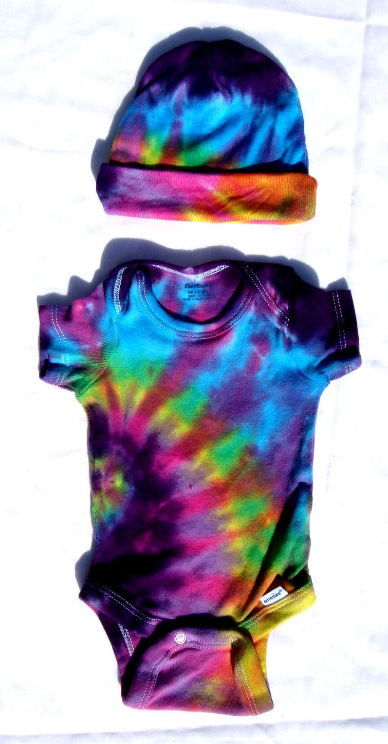 cf8c2850eb5 Short Sleeve Tie Dye Infant Baby Onesie With Matching Cap - Pink Rainb –  Blue Mountain Tie Dye