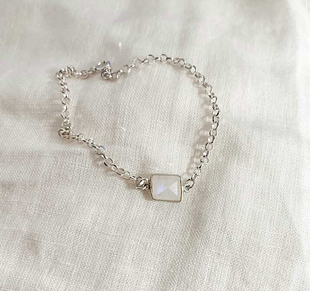 Sterling Silver Bracelet with Moonstone