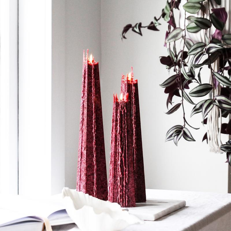 Buy Dark Red - Red Currant Melting Candle ( M) by Living Light - at White Doors & Co