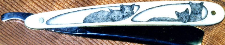 Straight Razor with 2 Kittens Scrimshaw.