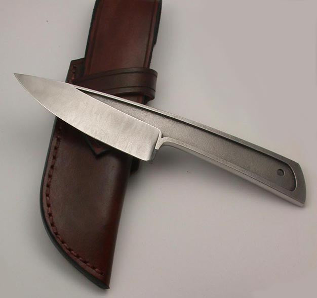 Boye Basic 3 with Plain Etched Blade - 4.