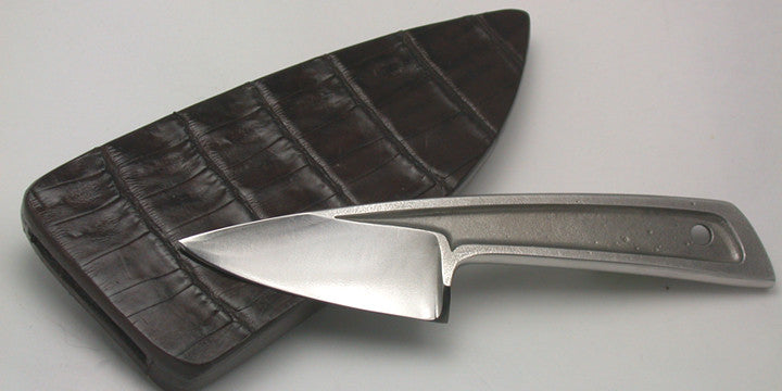 Boye Basic 1 with Plain Etched Blade & Double-sided Croc Sheath.