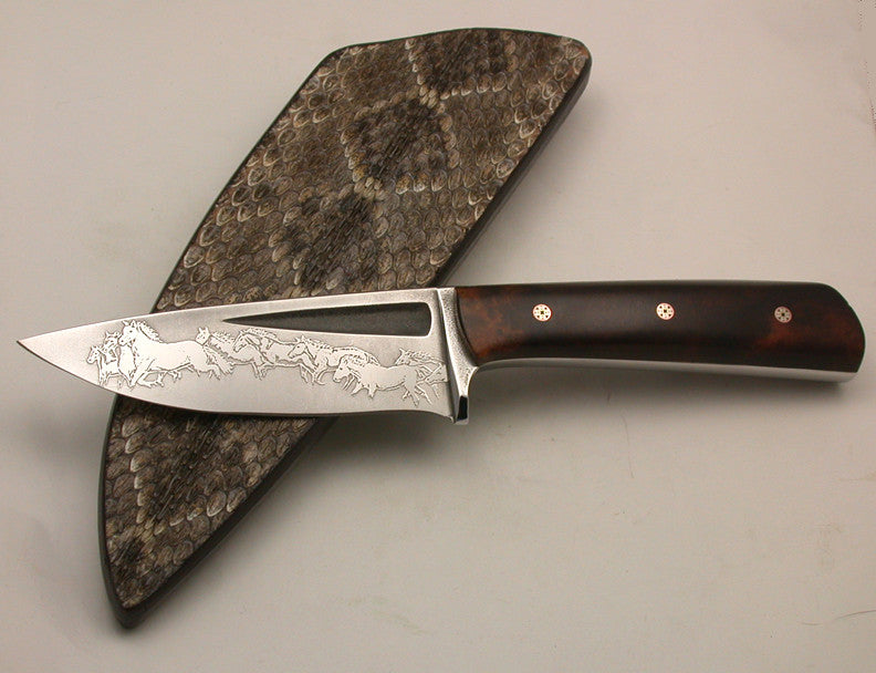 Boye Basic 3 Hunter with 'Mustangs' Etching and Handle.