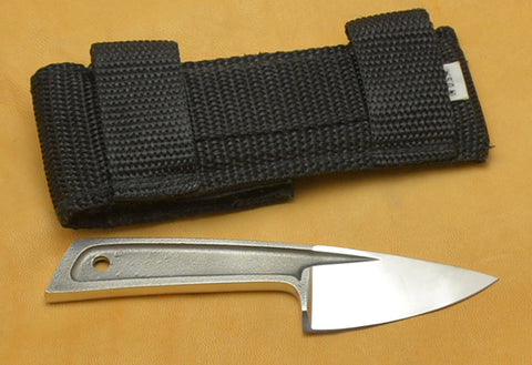 Boye Basic 1 Cobalt with Brass-lined Nylon Sheath.