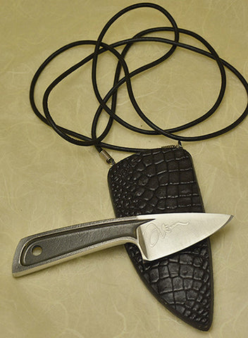 Boye Sub-Basic with Plain Etched Blade and Black Croc Neck Sheath.