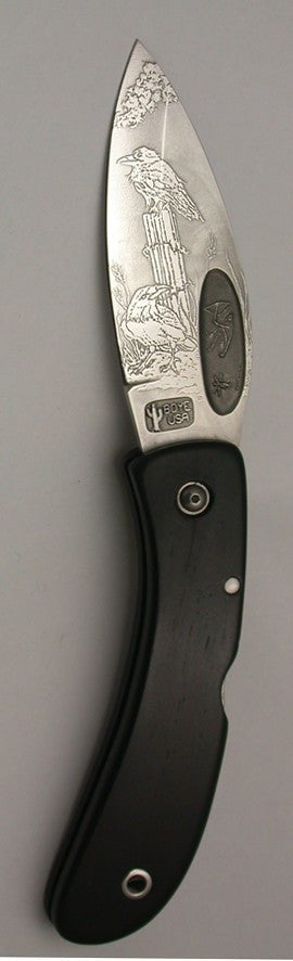 Boye Custom Bow Hunter Lockback Folding Pocket Knife with '2 Ravens' Etching.