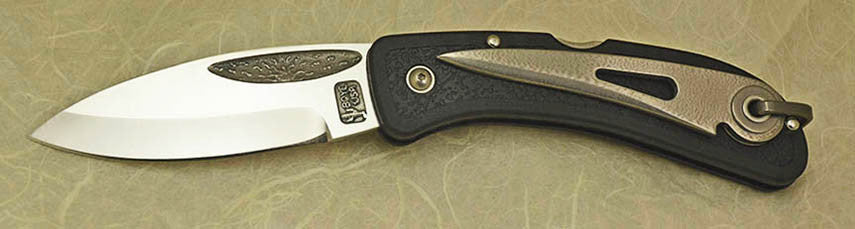 Boye Cobalt Sunburst Lockback Folding Pocket Knife with Black Handle & Marlin Spike