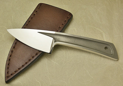 Boye Basic 2 Cobalt with Brown Leather Sheath.