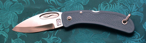Boye Cobalt Blue Whale Lockback Folding Pocket Knife with Blue Handle.