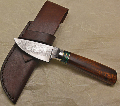 3 inch Dropped Edge Utility Knife with 'Grizzly' Etching and Desert Ironwood Handle.