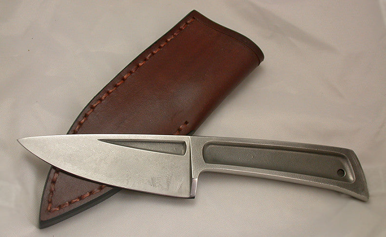 Boye Basic 3 with Plain Etched Blade - 8.