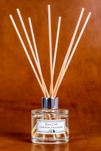 Load image into Gallery viewer, Lime Basil & Mandarin reed diffuser
