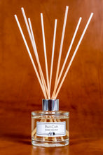 Load image into Gallery viewer, Rose Velvet reed diffuser