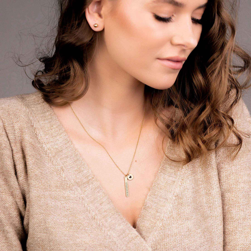DAINTY BAR AND DISC NECKLACE