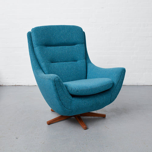 Parker Knoll 110/111 Reloved Vintage chair restored by Simion Hawtin-Smith with Kirkby Fleck Fabric.