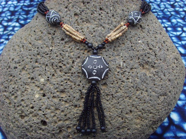 Collier africain - pendentif terre cuite - nect06