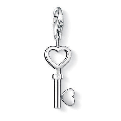 Charm Club - Open Heart Key - CC888