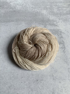 White Russian BFL Sock Yarn