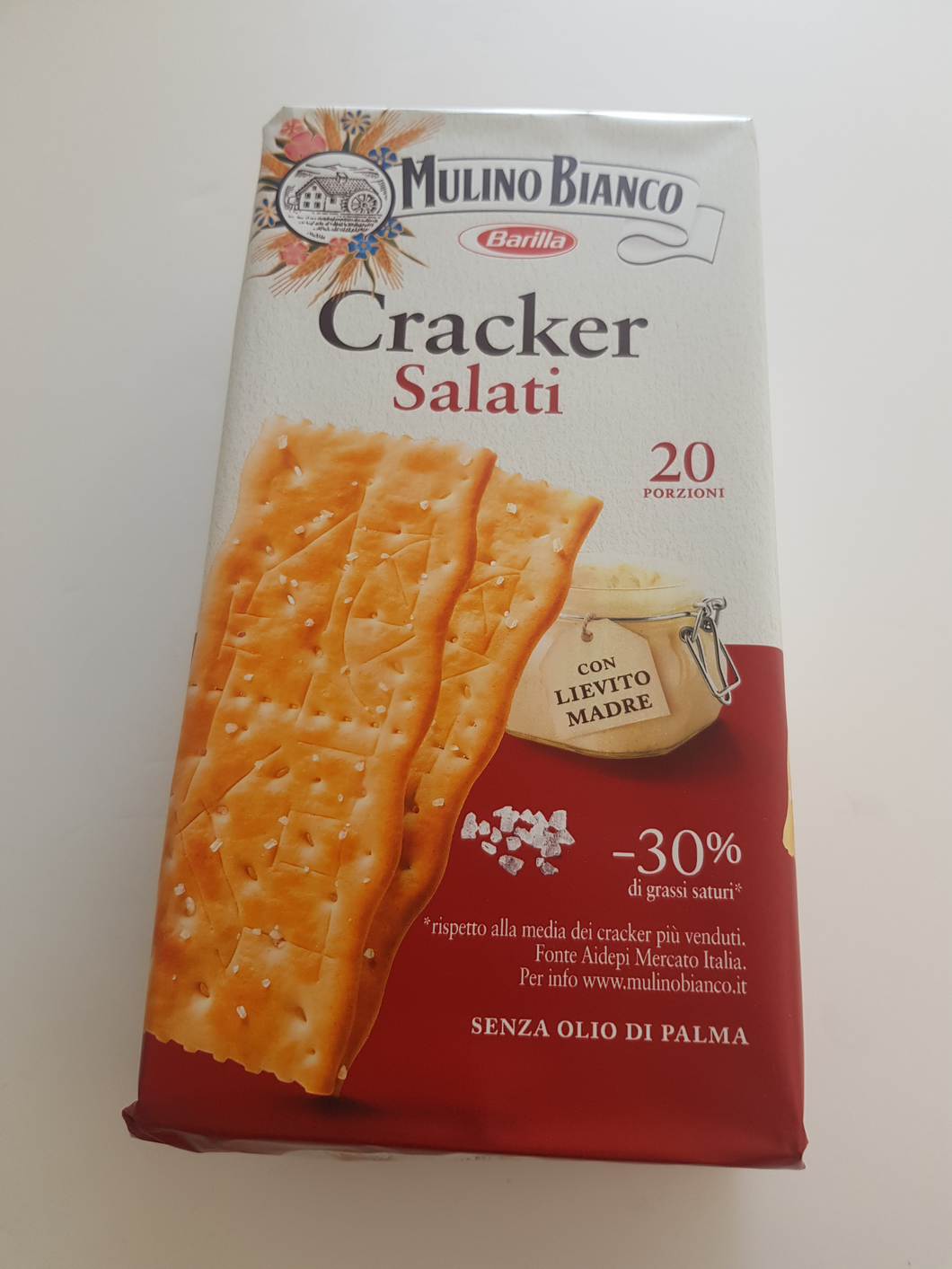 Mulino Bianco - Crackers Topped with Salt