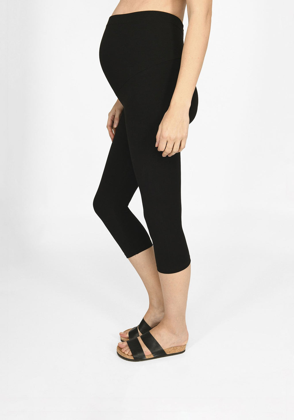 black cropped maternity leggings 1